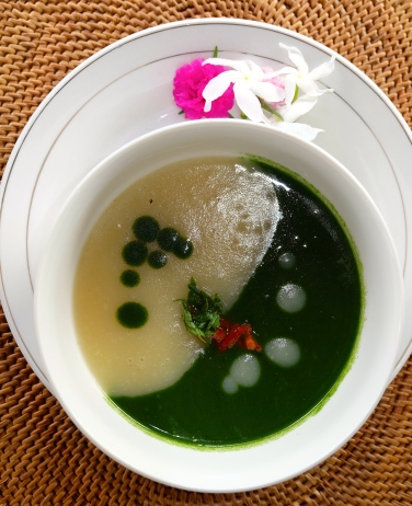 Potato-spinach soup, Sidemen, Bali