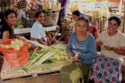 Hinduvrouwen, Sidemen, Bali
