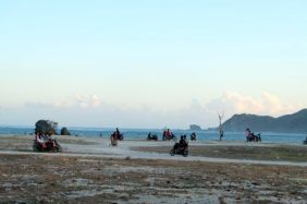 Kuta, Lombok, Scene out of Mad Max
