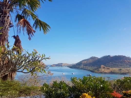 View from Golo Hill Top, ons hotel in Labuan Bajo