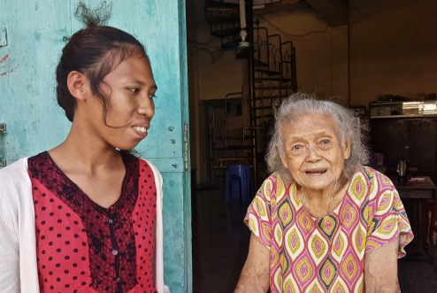 Maumere, Flores, 90 years old!